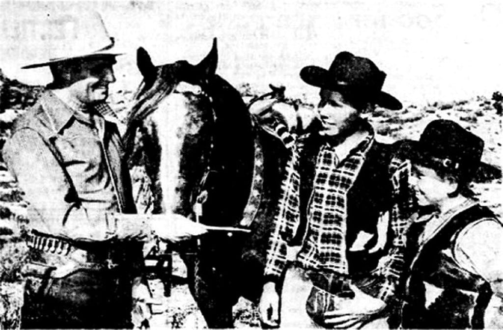 Gene Autry with John and Charles Kee
